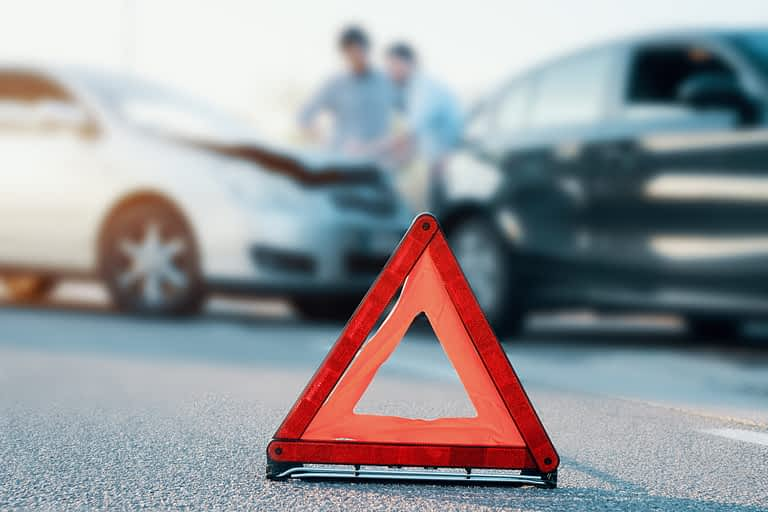 Automobile lawsuit and motor vehicule accident